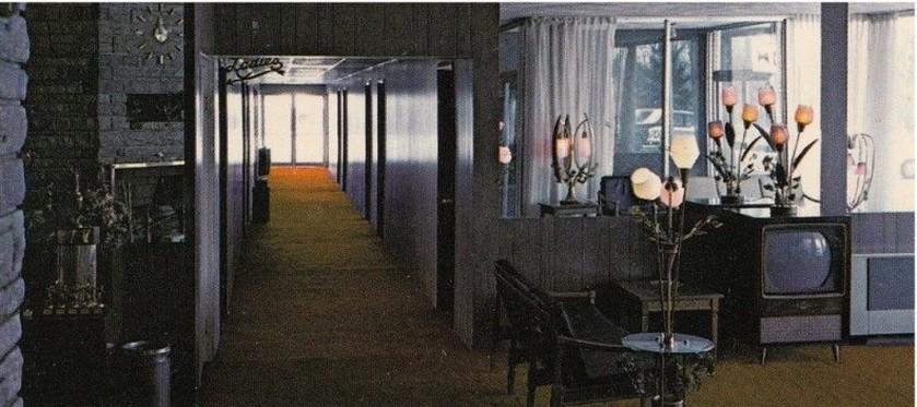 motel-inside